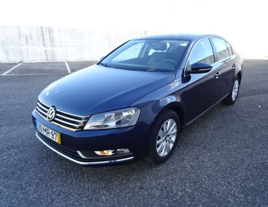 VW PASSAT 1.6 TDI CONFORTLINE BLUEMOTION