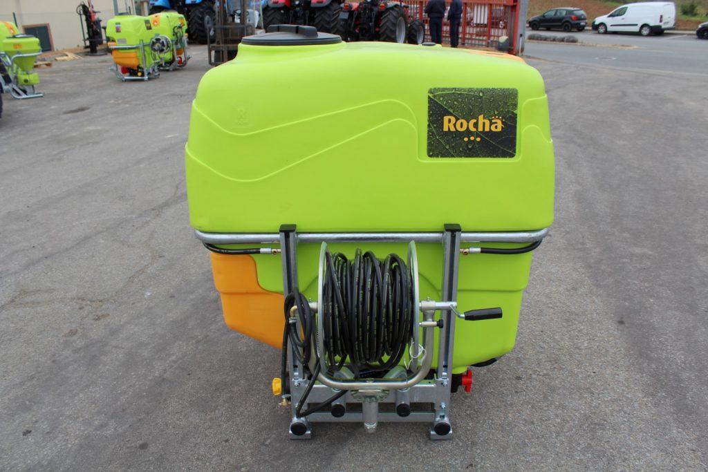 Pulverizador ROCHA 600L cheio