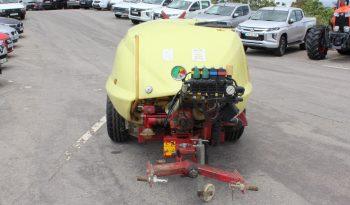 Pulverizador rebocável HARDI ZATURN 2000L cheio